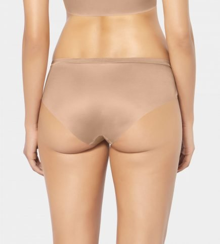 TRIUMPH BODY MAKE UP SOFT TOUCH 1 1 scaled