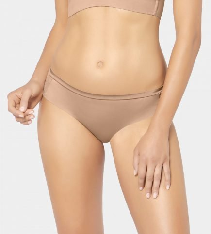TRIUMPH BODY MAKE UP SOFT TOUCH 2 scaled